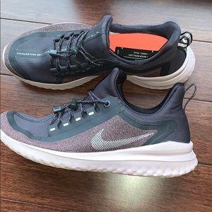Nike Run Utility Sneakers